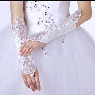 💐 Wedding Bridal Gloves - Satin With White Crystal Beads