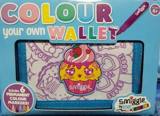 S A L E  SMIGGLE Color-Your-Own-Wallet