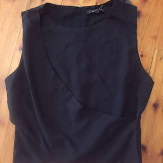 CATALOGUE - Size 10 Poly Blk Top with zip on back