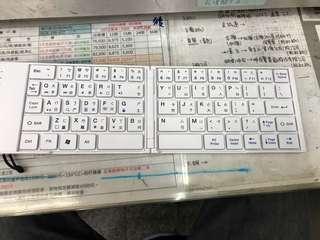 🚚 B.Friend藍牙鍵盤 手機可用 不用在用小小的鍵盤打字了