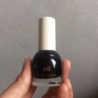 Nail Colour by H&M