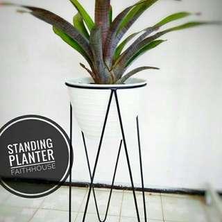 Standing pot