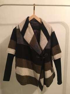 Line knitwear - Colour blocked jacket