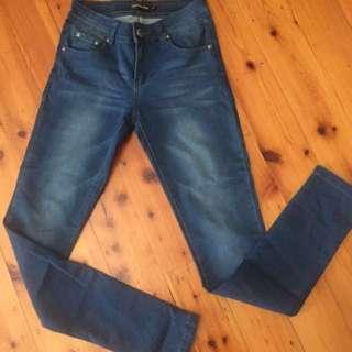CATALOG - Blue Denim Jeans Size 9