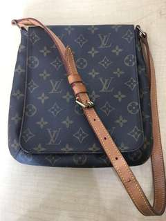 Authentic Preloved LV Mussete Salsa PM '01