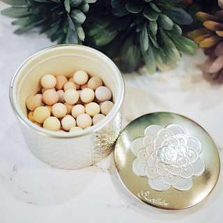 GUERLAIN Meteorites - Light Revealing Pearls Of Powder in Medium