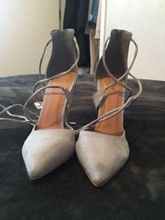 Missguided suede heels size 6