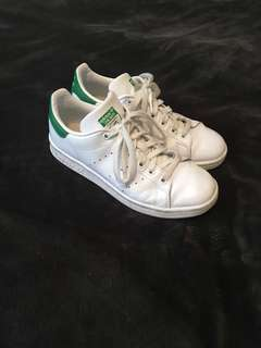 Adidas Stan Smith size 6.5