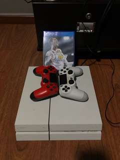 ps4 white consle comes with box (CAN NEGO)
