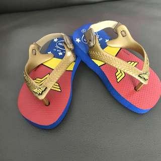 Havaianas wonder woman baby sandals
