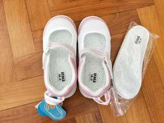 Indoor shoes for kids (IFME)(uwabaki 上履き)