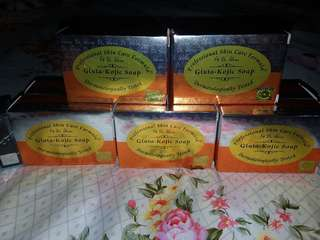 Dr. Alvin soap whitening beauty prudoct !!