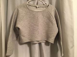 Aritzia - Talula crop sweater