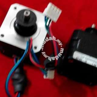 4218S-1- 1.0A Lin Engineering stepper motor 2pMO12 1PC