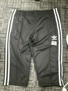 Adidas 3/4s Track Pants Size 30 - 32 Slim Fit