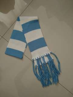 Syal biru muda stripes