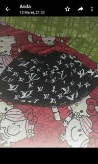 Rok payung LV hitam