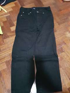 Relaxed jeans for 7 yrs old