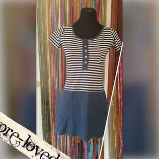 Blue striped stretchy dress with pockets