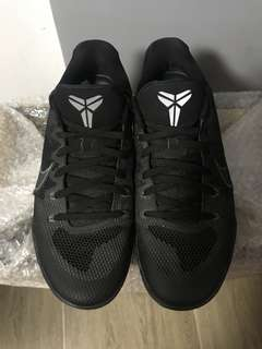 Used Nike Kobe XI Low Black/Cool Grey (Size 11.5)