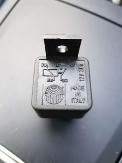 Automotive 12v 30A 5 Pins
