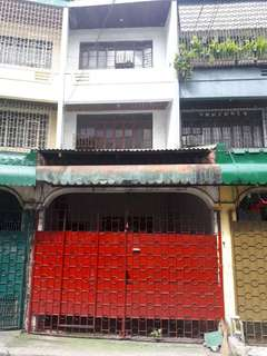 For sale apartment Quezon city