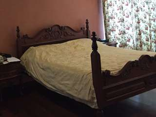 Antique Bed - King Size