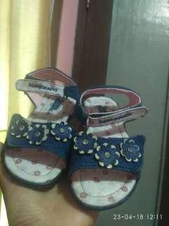 Sepatu buble gummes (navy) size 27