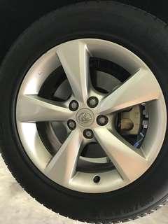 Lexus 18 inch rims original