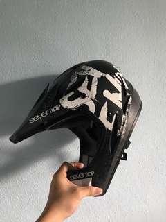 Sevenidp full face helmet