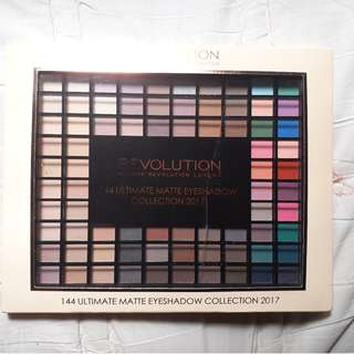 MAKEUP REVOLUTION 144 MATTE EYESHADOWS