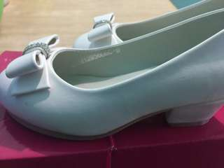Sugar kids white shoes, used once