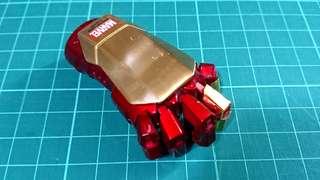 Ironman 拳頭 8GB USB