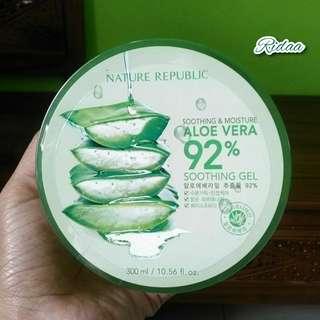 Nature Republik 92% Aloe Vera Sooting Gel