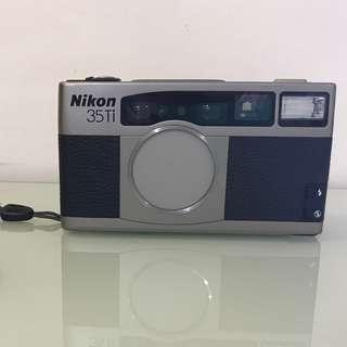 1993年NIKON 35TI 菲林相機 (只限馬鞍山站面交) 代家人貼文