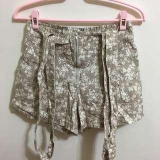🚚 短褲、吊帶褲(吊帶可拆)