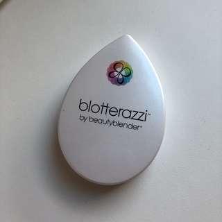 Beauty blender blotterrazzi