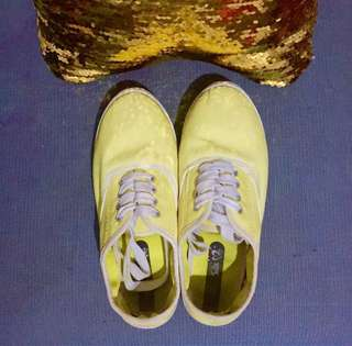 Juice Yellow shoes sneakers