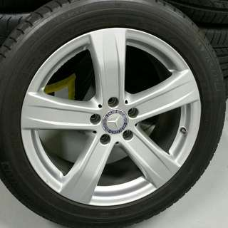 """18"""" mercedes w221 used rim with tyres"""