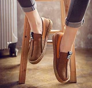 ON HAND Stitching Flat Soft Shoes sizes 6 7 8