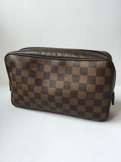 Authentic Louis Vuitton Vintage Damier Clutch