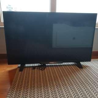 40 inch Full HD Slim LED TV by Philips