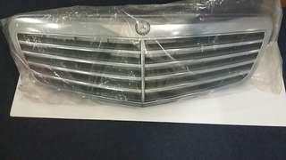 Mercedes Benz E250 Front Grill