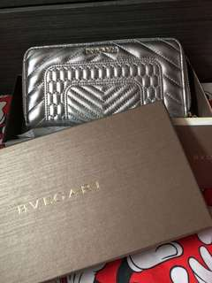 bvlgari long wallet 95% new 急放