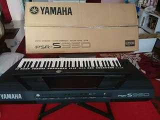 Keyboard YAMAHA psr-S950 mulus