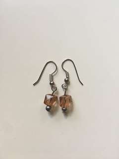 [EVERYTHING MUST GO SALE!] Dangling Earrings