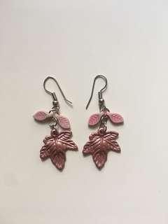 [EVERYTHING MUST GO SALE!] Pink Leaf Earrings