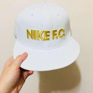 🚚 Nike 棒球帽