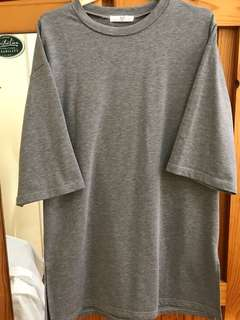 Unisex oversized gray T shirt with detailed