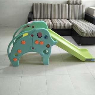 Elephant Slide - Type 3